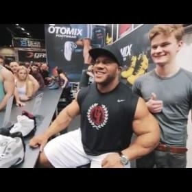 Bodybuilding Rag Tops | Otomix