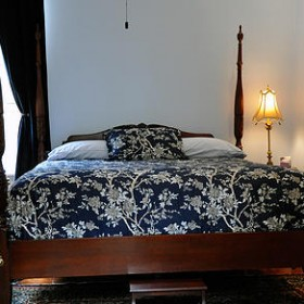 Blues Room - RB Bed & Breakfast