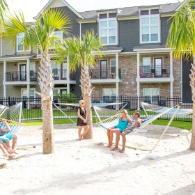 Students Apartments Close To LSU - Redpoint Baton Rouge